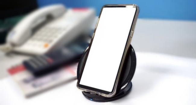 Как узнать, есть ли в моем смартфоне беспроводная зарядка?