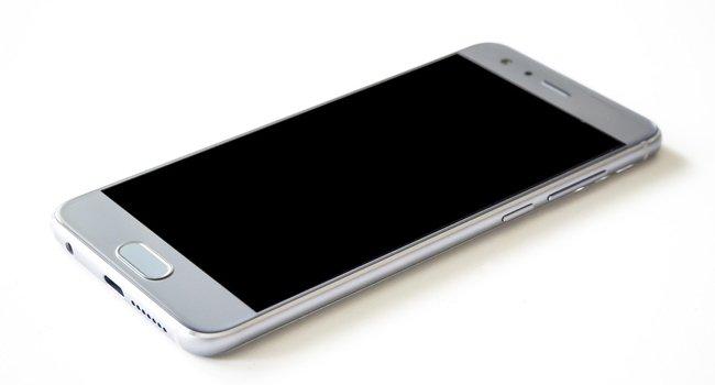 8 полезных вещей, которые можно сделать со своим старым смартфоном
