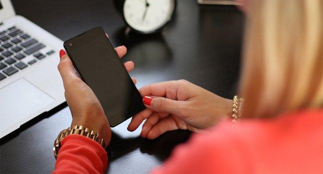 Как часто мне нужно выключать или перезагружать мобильный телефон?